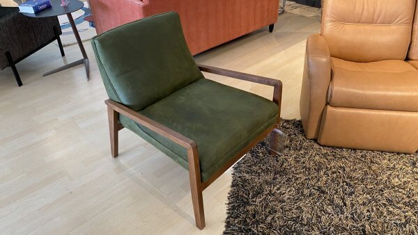 Younger Jack Chair Leather